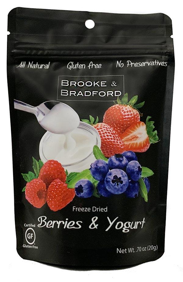 Berries&YogurtSmallPouchWEB